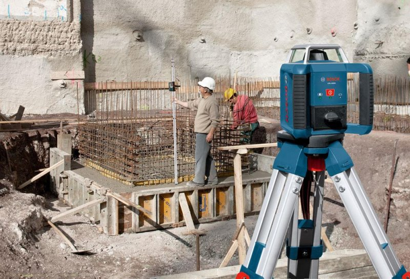 Nivela laser rotativa tip GRL 400 H