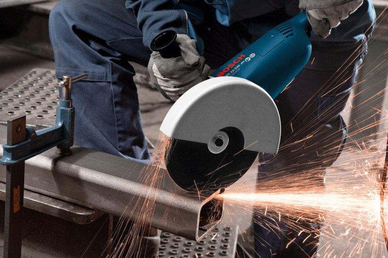 Polizor unghiular 230mm, 2200W tip GWS 22-230 JH