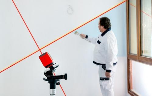 Nivela laser cu linii tip CROSSLINE