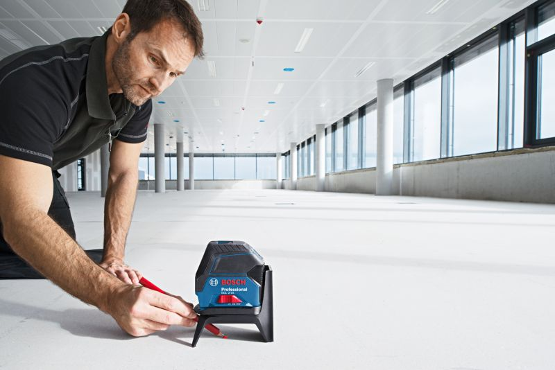 Nivela laser lini/puncte Bosch, tip GCL 2-15 + RM1