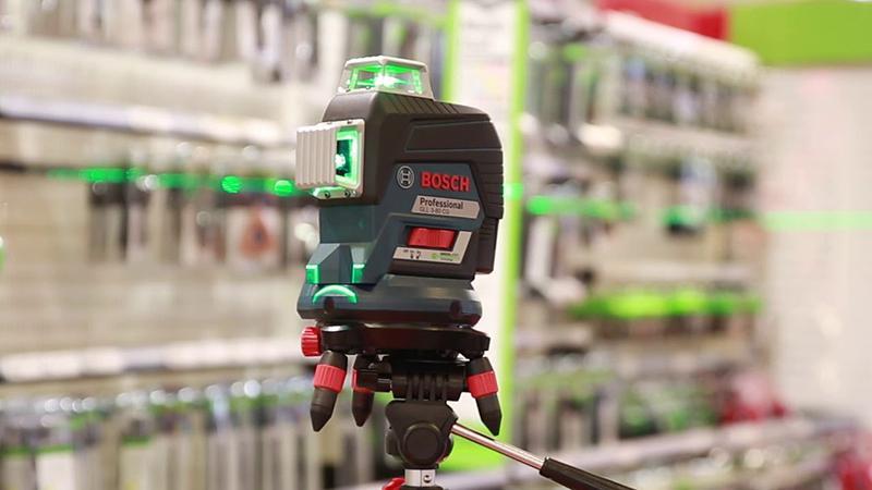 Nivela laser cu linii tip GLL 3-80 CG