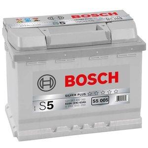 Acumulator auto 12V BOSCH tip S5 63Ah