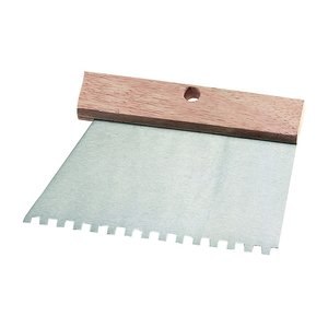 Spaclu inox 185 mm, cu dinti de 4 mm